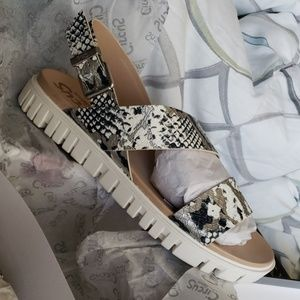 Nadine sport sandal
